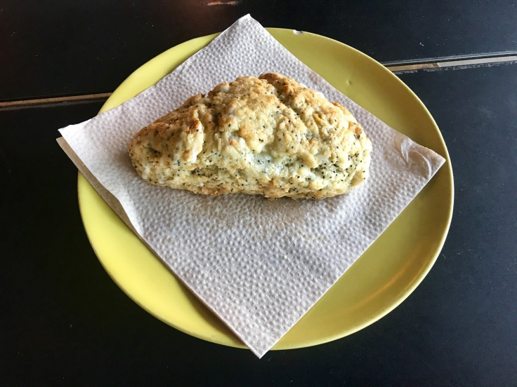 lemon poppy seed scone