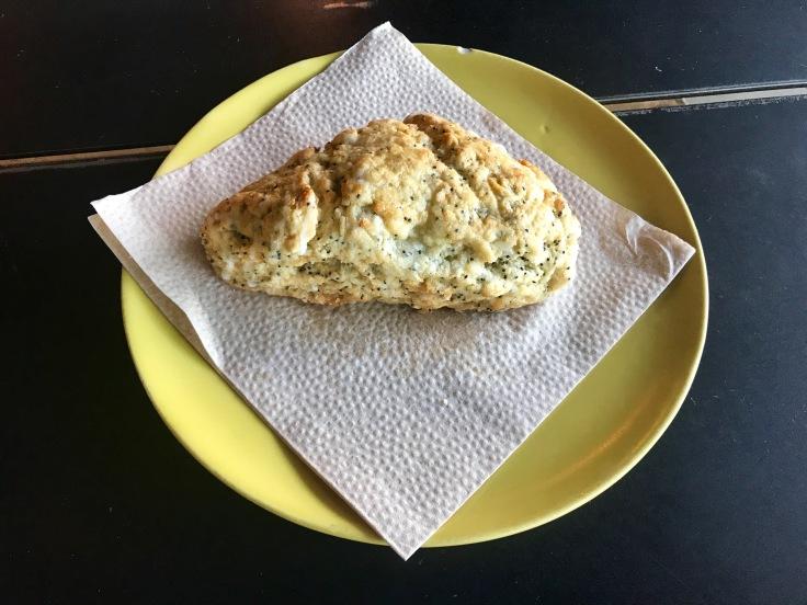 lemon poppy seed scone