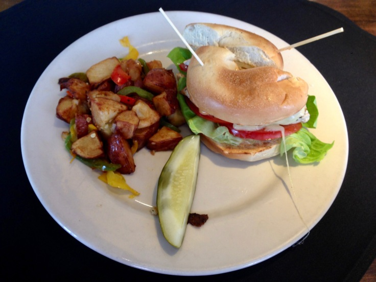 grilled chicken sandwich with potatoes O'Brien