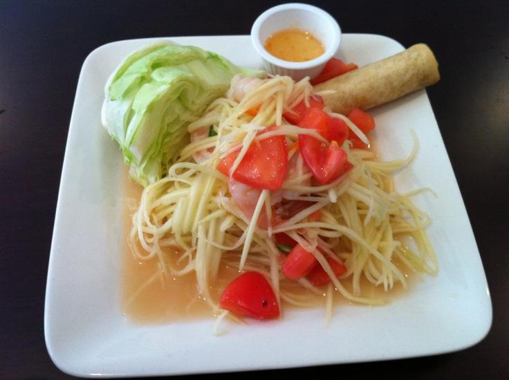 som tum (papaya salad)