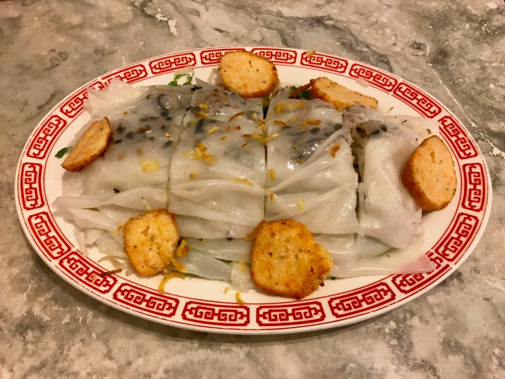 banh cuon chao tom (rolled rice crepes with shrimp cake)