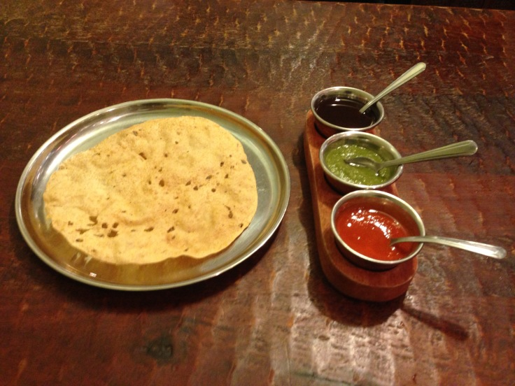 papadam with chutneys