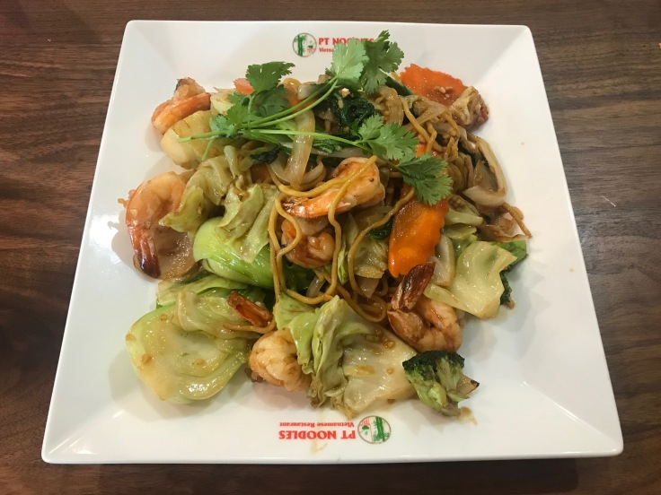 xao dac biet (PT combination stir-fried noodles)